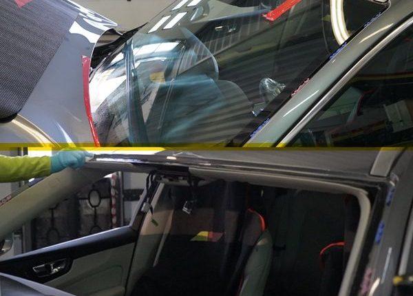 Wymiana szyby samochodowej – kiedy jest to niezbędne?
